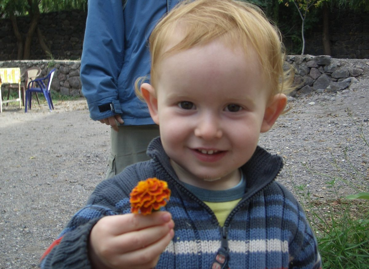 child-with-flower