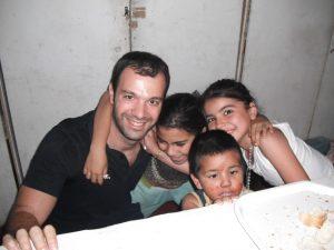 Kids-in-Argentina-volunteering