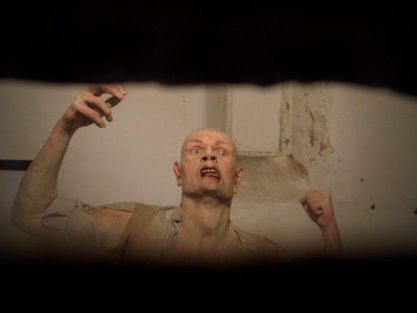 wax-prisonner