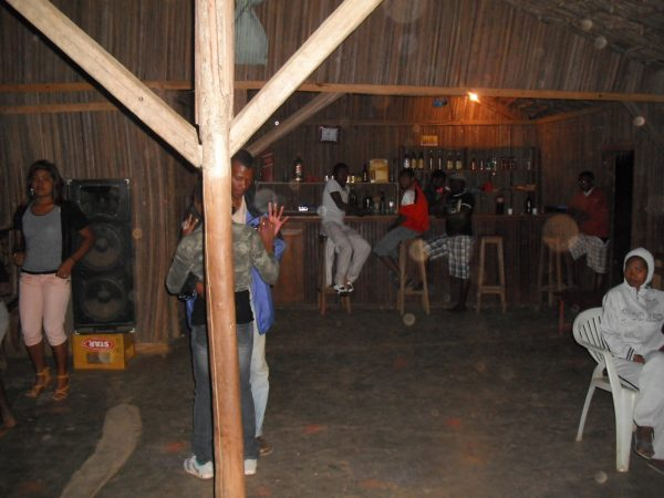 madagascar-dancing
