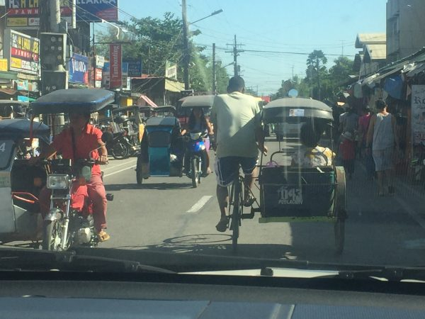 busy-road-philippines