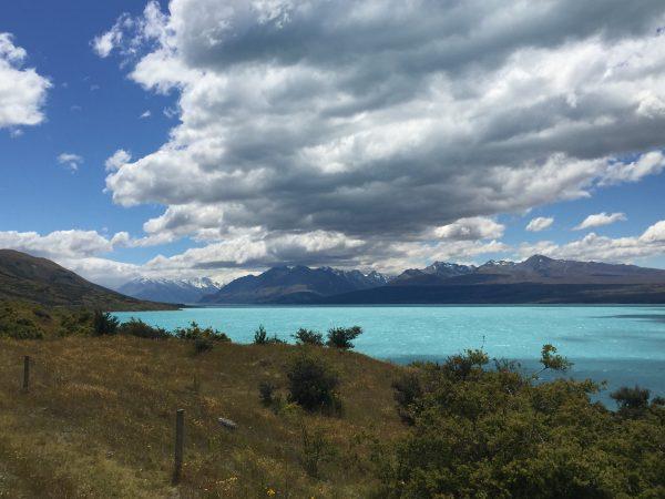 Mount_Cook_lake