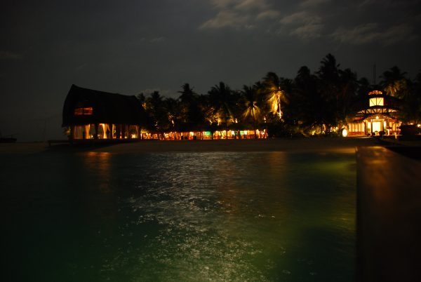 maldives_by_night