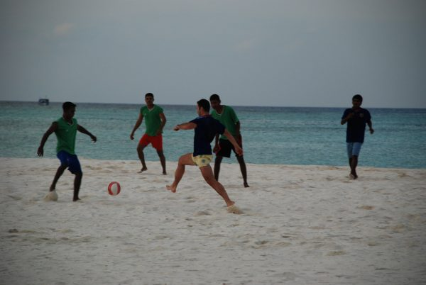 maldives_beach_football