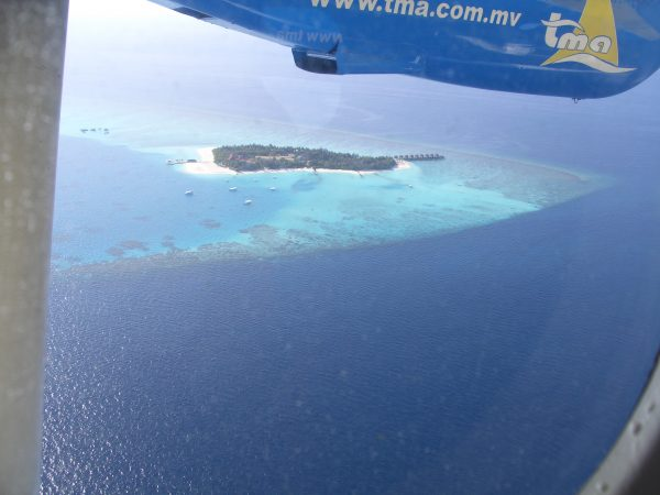 maldives_plain_island