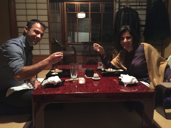 couple-japan-dining