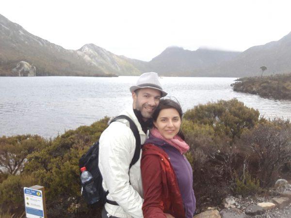 τασμανια-λιμνη-ζευγάρι